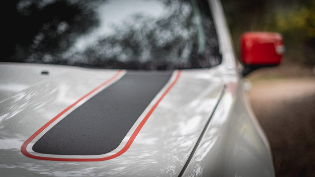 O Jeep Renegade tem uma tarefa complicada dentro do seu segmento, competir com modelos como Honda HR-V, o acessível Dacia Duster ou ainda o seu jovem irmão Fiat 500 X.