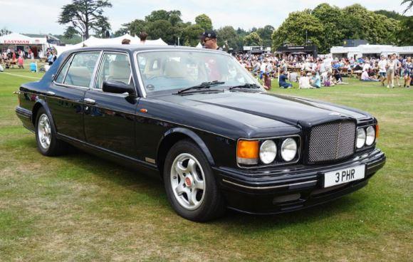 Bentley despistou-se em Lisboa